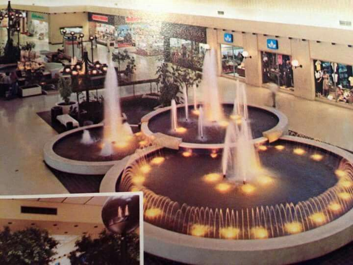 Eastwood Mall Niles, Ohio | From my youth | Pinterest | Ohio, Mall ...
