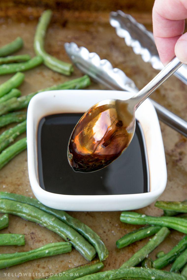 Oven roasted balsamic green beans