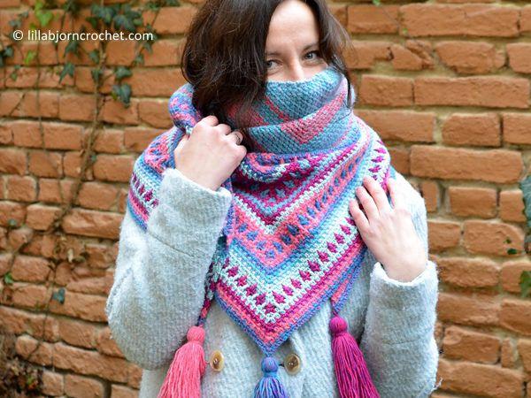 crochet River's Walk Shawl free pattern #shawlcrochetpattern