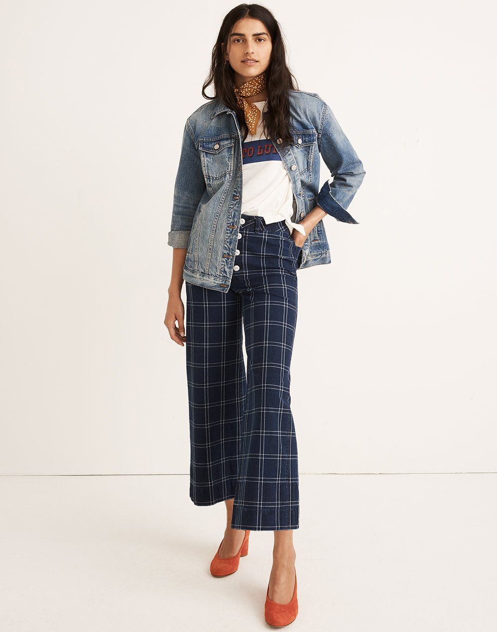 madewell emmett wide-leg crop pants worn with the oversized jean jacket,  out to lunch retro tee, bandana + the reid pump.
