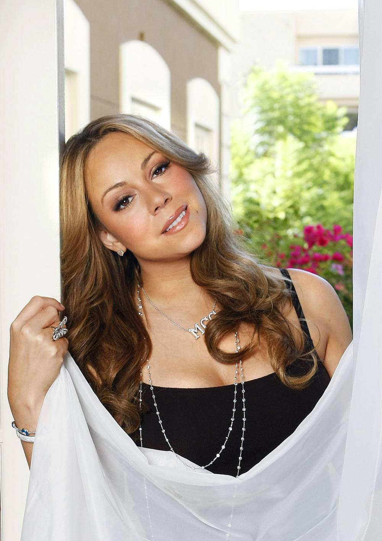 Celebrity Moms Mariah Carey Fashion Mariah Carey Fashion Mariah Carey 1996 Mariah Carey Wal Mariah Carey Glitter Mariah Carey Singing Mariah Carey Hair