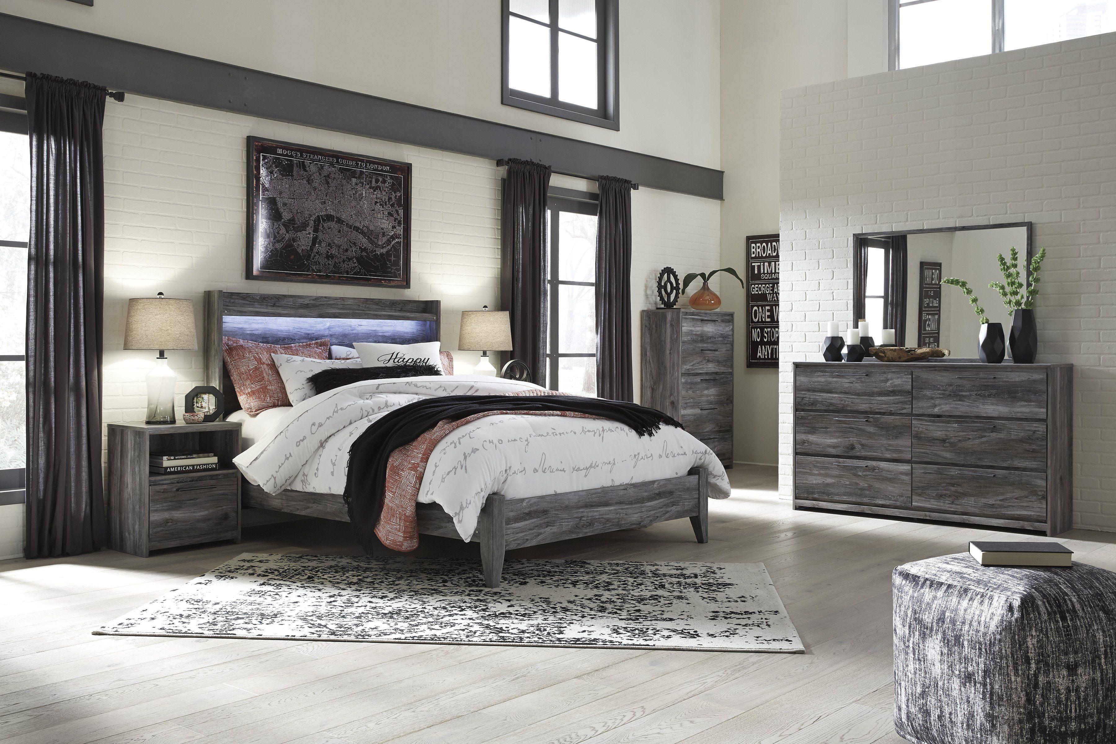 Baystorm Gray 4 Piece Queen Panel Bedroom Set With Metal Bed Frame