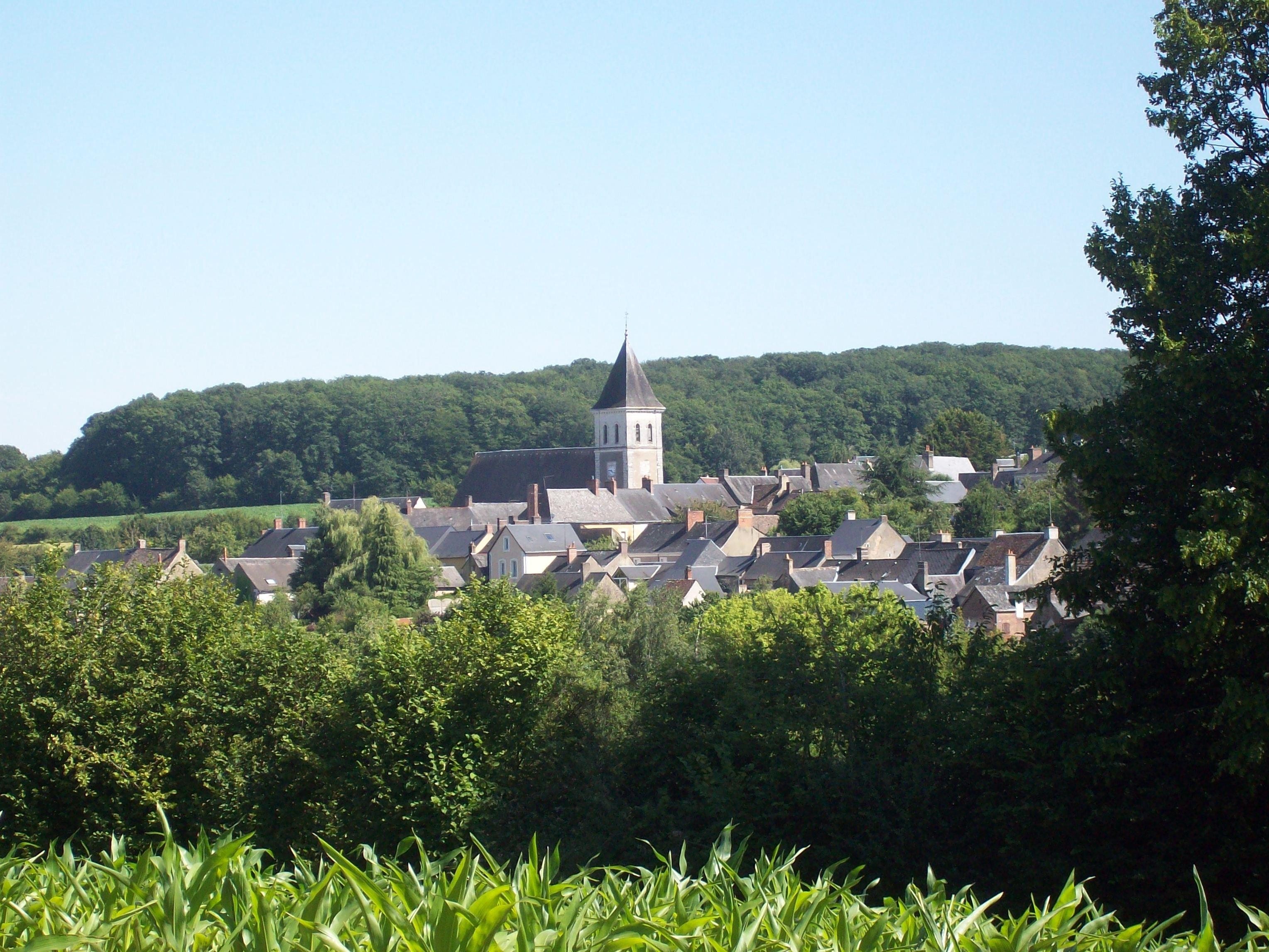 Le village de Pruillé l'Eguillé, dans la Sarthe.