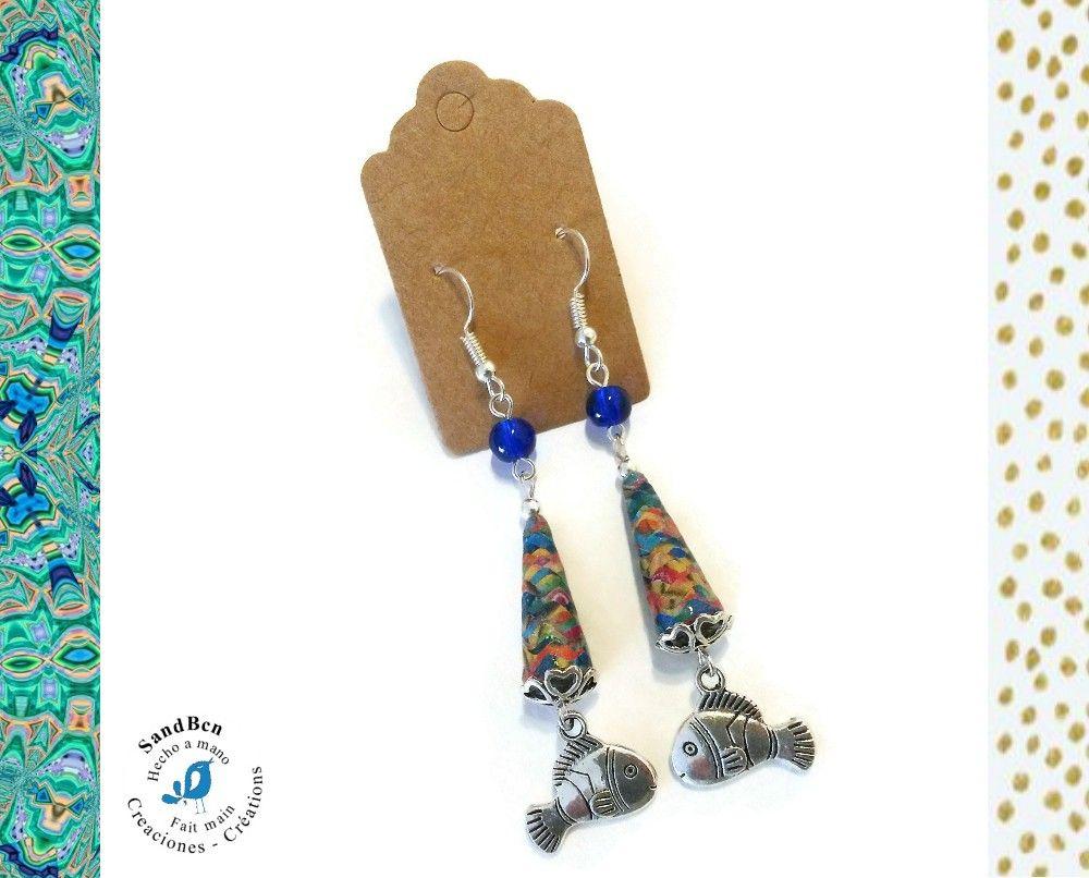 Boucles d'oreilles avec des perles en papier