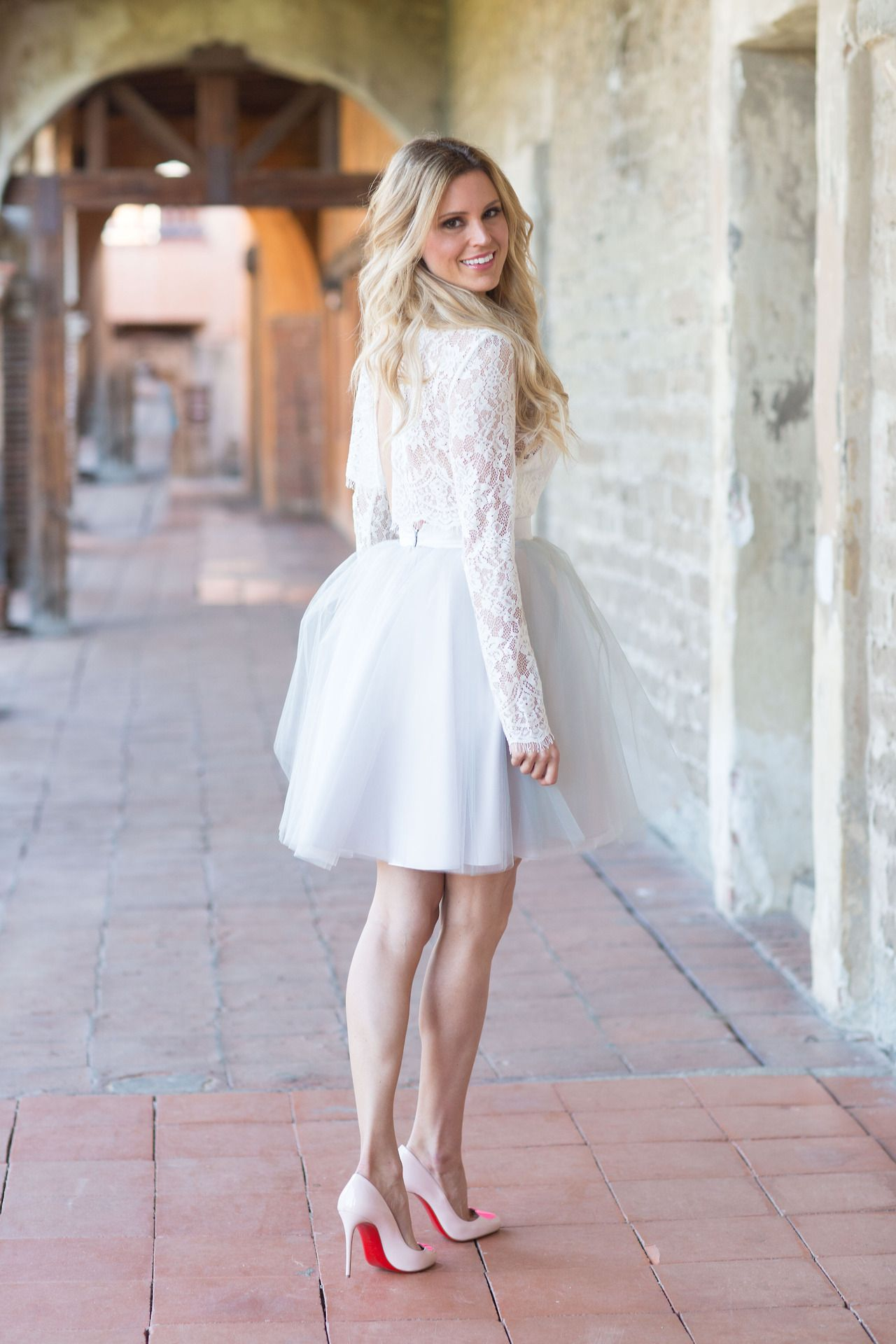 BEAUTIFUL LEGS. Short wedding dress, Long sleeve prom