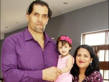 The Great Khali Family Photos Wife And Daughter Family Photos Actress Photos Bollywood Actress