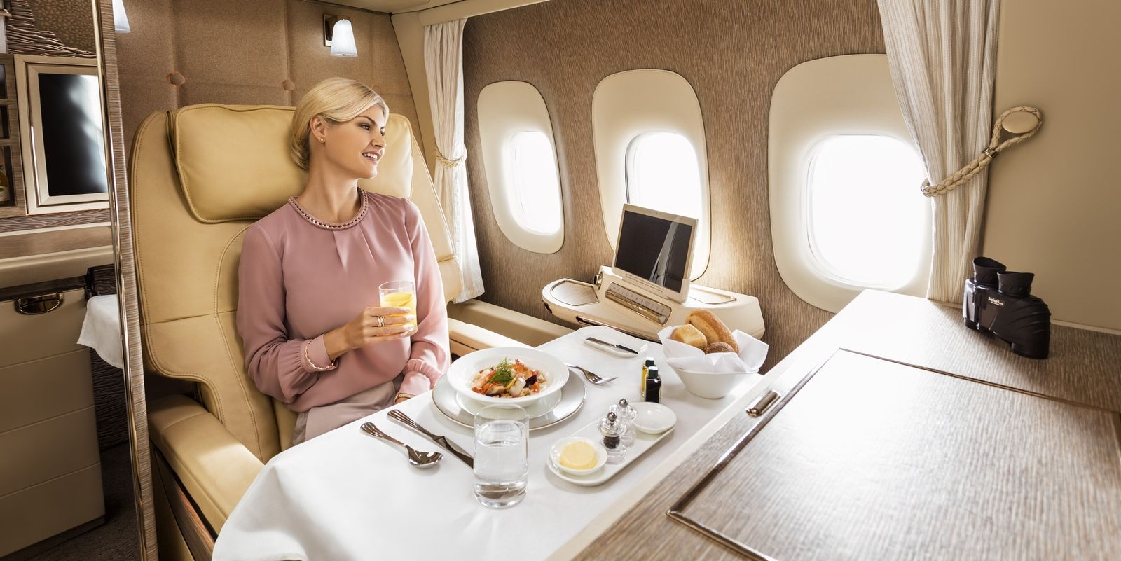 Emirates S New First Class Suites Were Inspired By The Inside Of A