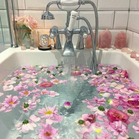 Pinterest Itsnotdungmit Flower Bath Relaxing Bath Bath