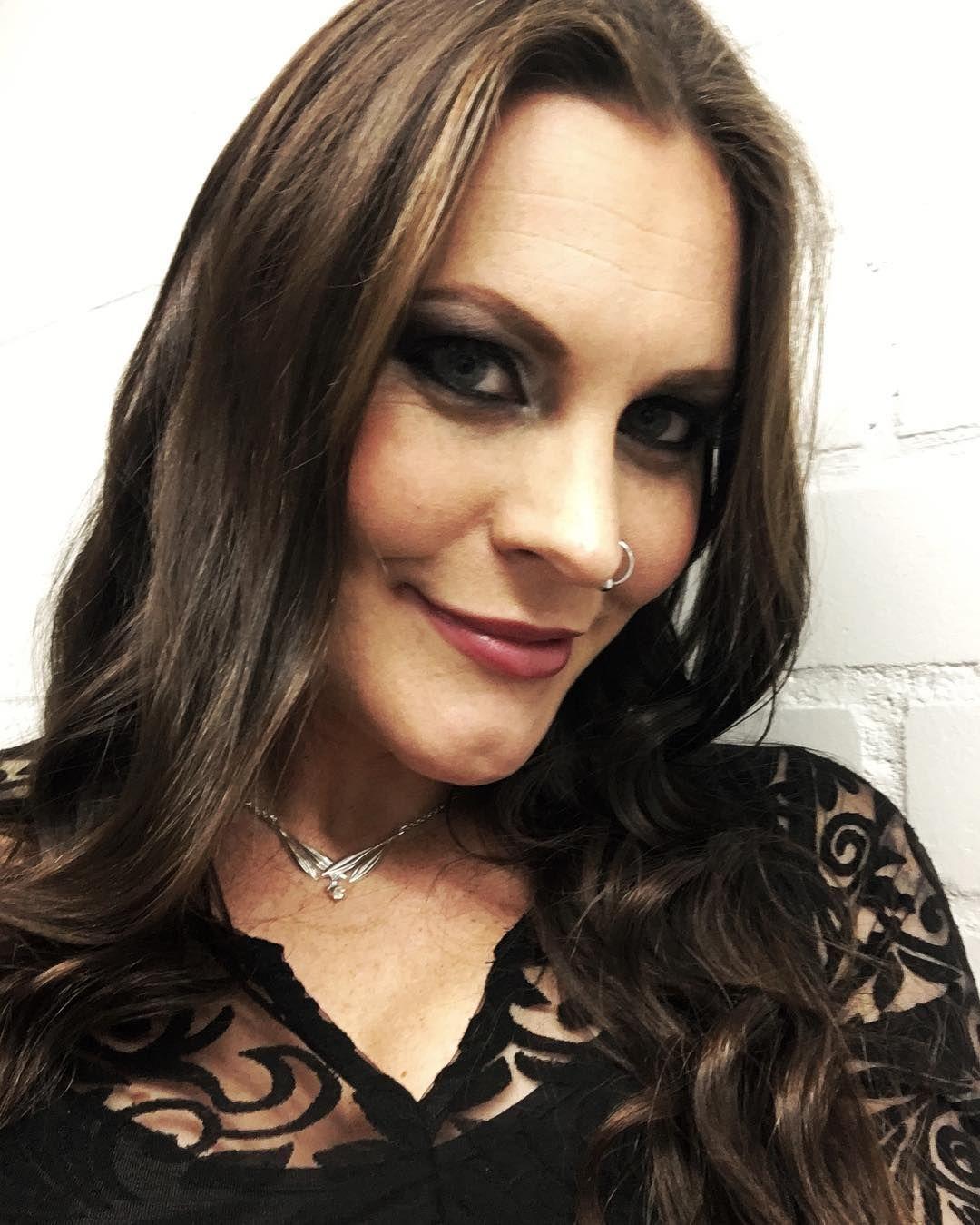 Floor Jansen In 2019 Metal Girl Flooring Gothic Metal
