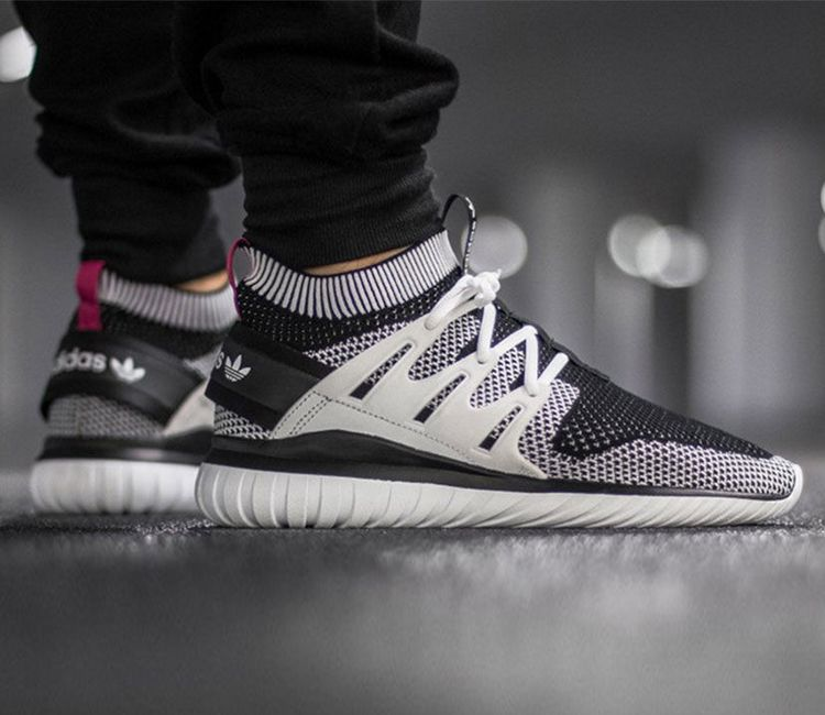 tubular nova primeknit schoenen