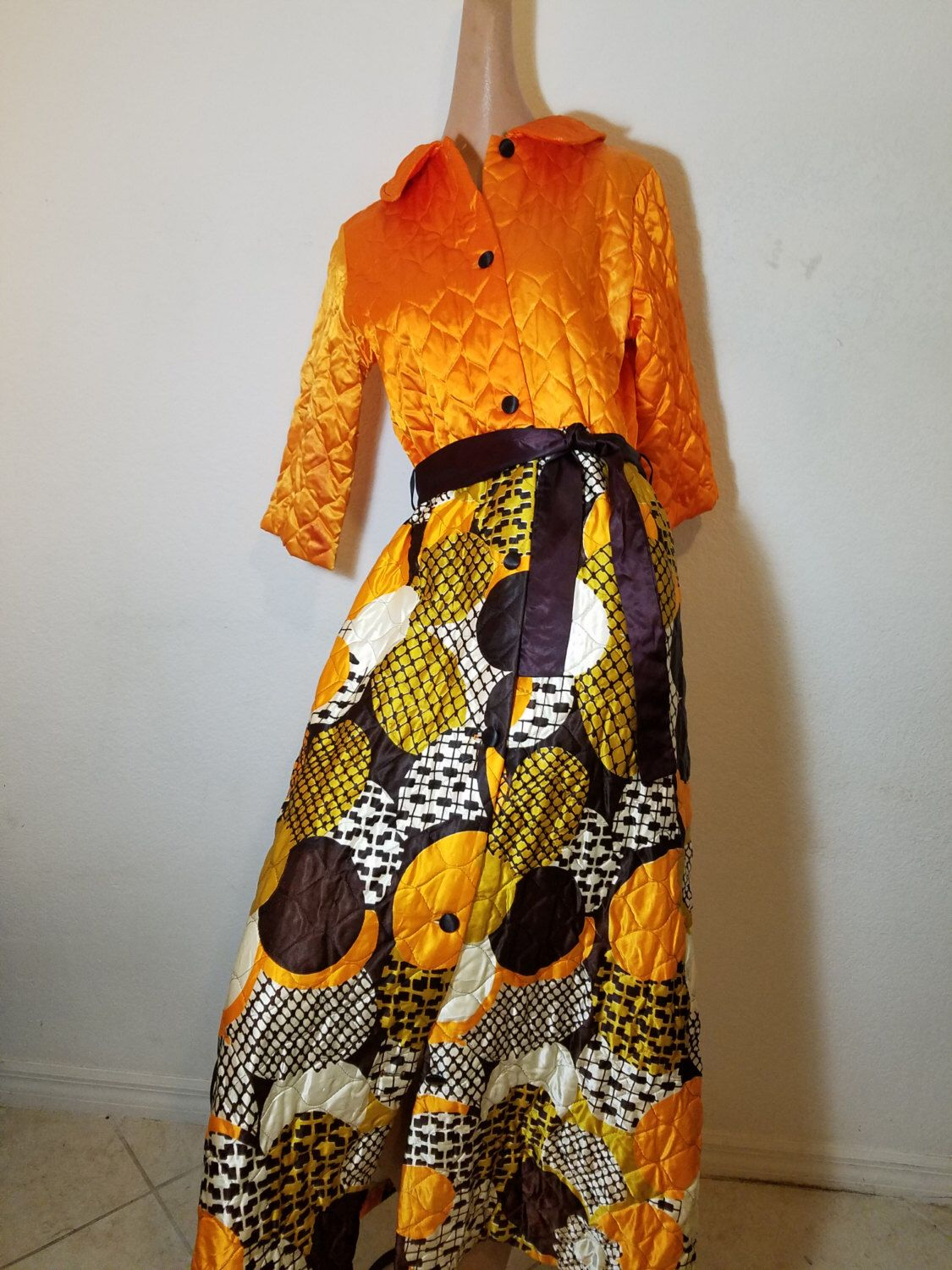 SOLD.                 FREE  SHIPPING   1960 Mod Hostess Maxi by VintageRevengCouture on Etsy https://www.etsy.com/listing/500859183/sold-free-shipping-1960-mod-hostess-maxi