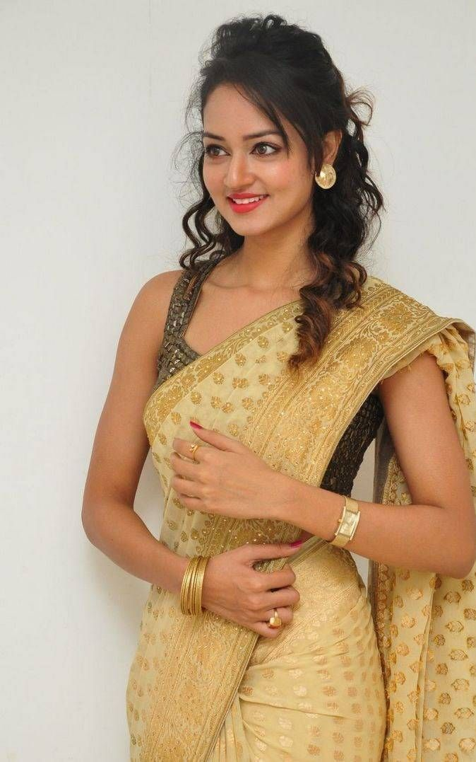 Beautiful Indian Actress Nagma In Yellow Saree in 2020 ...