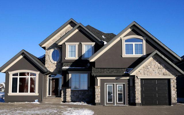 Love the deep, dark, rich gray and the light brick   House ...