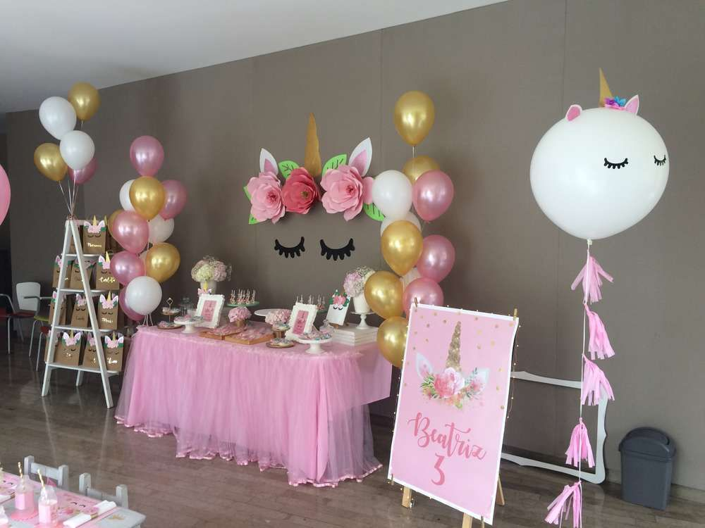 Unicorn birthday party ideas unicornio unicornios y fiestas - Ideas decoracion fiesta ...