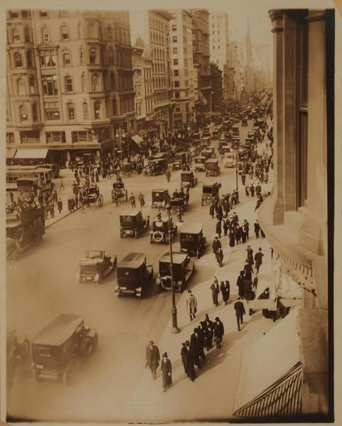 42nd Street and 5th Avenue, 1910.  OldNYC: Mapping Historical Photographs of New York City