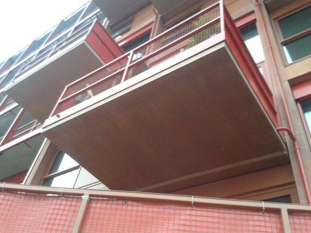 umfassung balkon laufen mit blindelemente fenster zusammen bonn castellpark fenster balkon. Black Bedroom Furniture Sets. Home Design Ideas