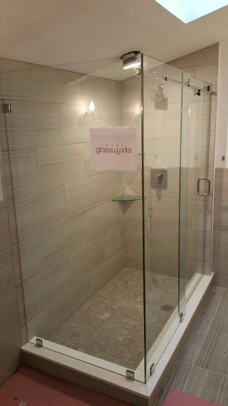 Heavy Sliding Shower Door This Is A Cardinal Skyline The Polished