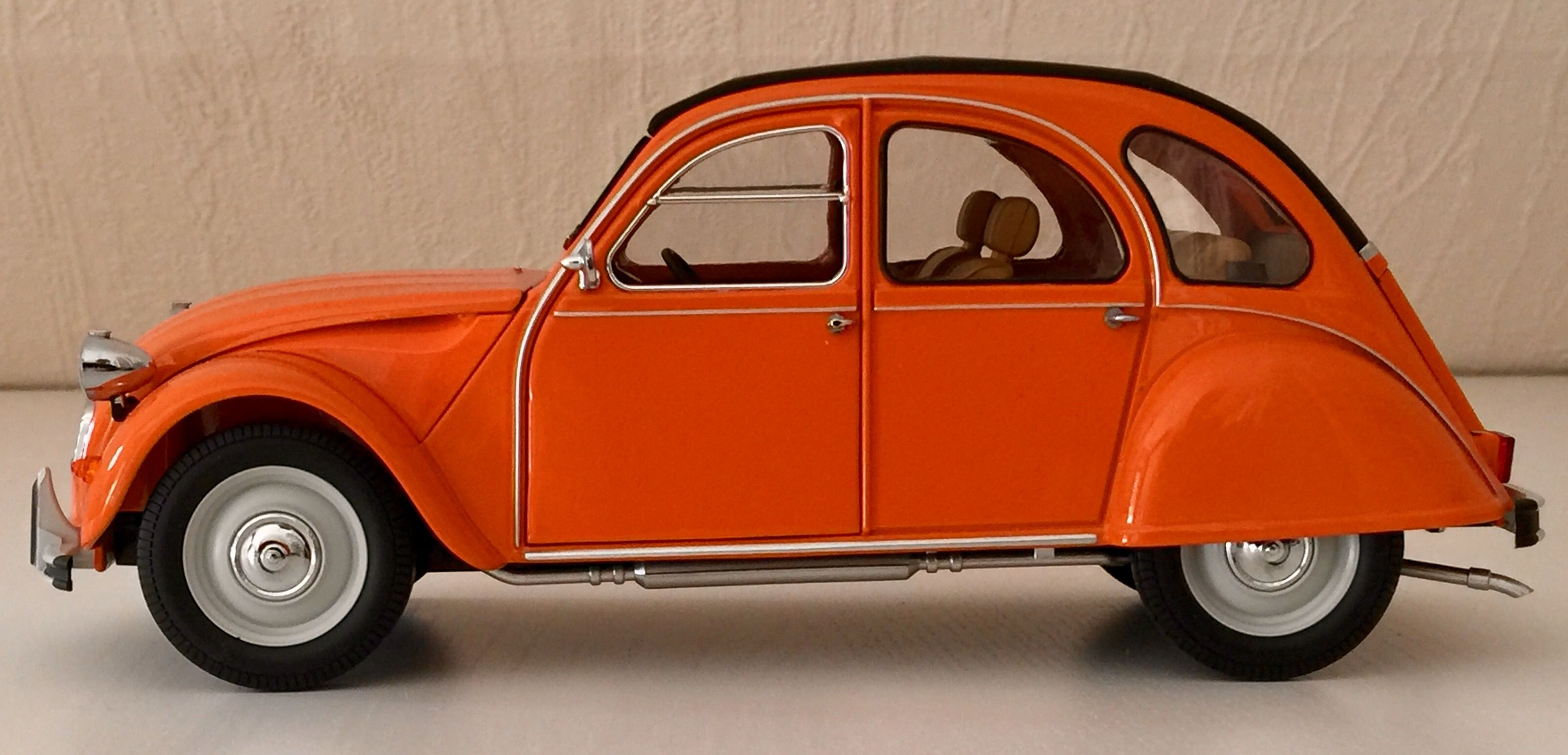 Citroen 2cv6 Special 1986 Orange Tenere 1 18 Minichamps Car Side View Diecast Cars Citroen