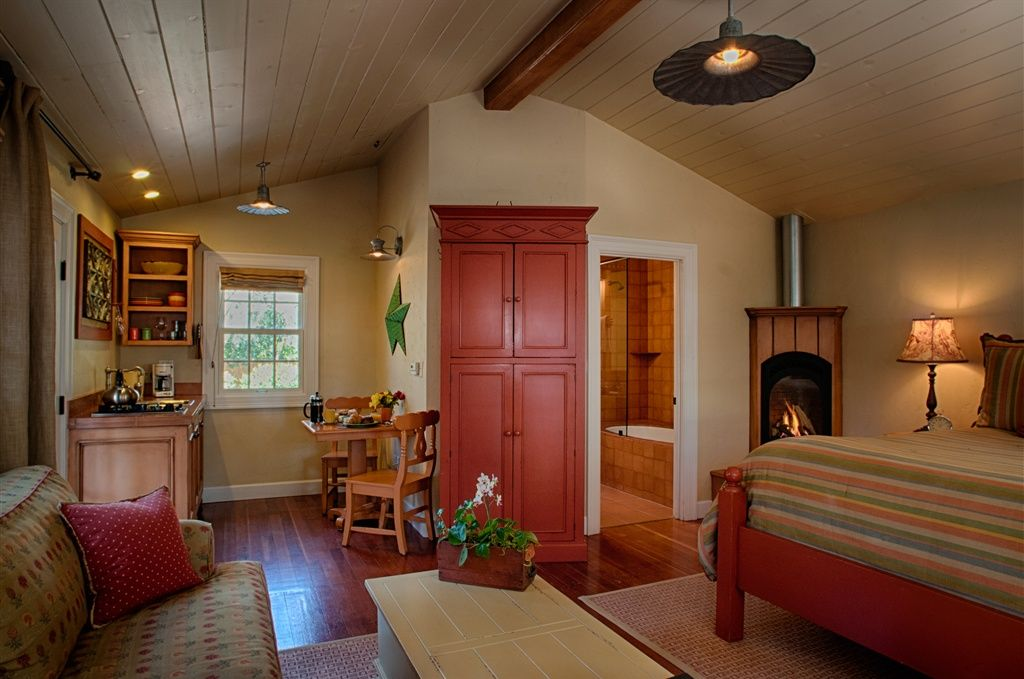 Photos The Cottages Of Napa Valley Napa Usa Best Bed And Breakfast Yellow Family Rooms Bed And Breakfast