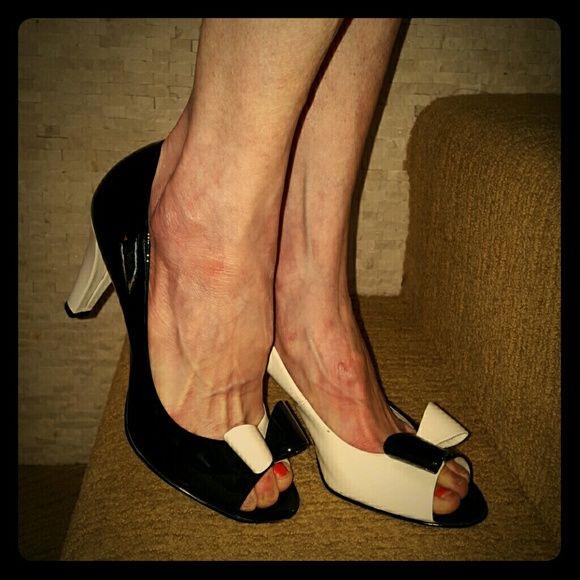 23166bfe3bb0 Anne Klein Black and White heels. Hard to find! Anne Klein patent leather  unique