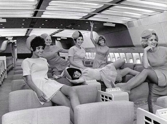 vintage everyday: Traveling in a Boeing 747 – These Are Why It Was More Comfortable to Fly in the '70s Than Now