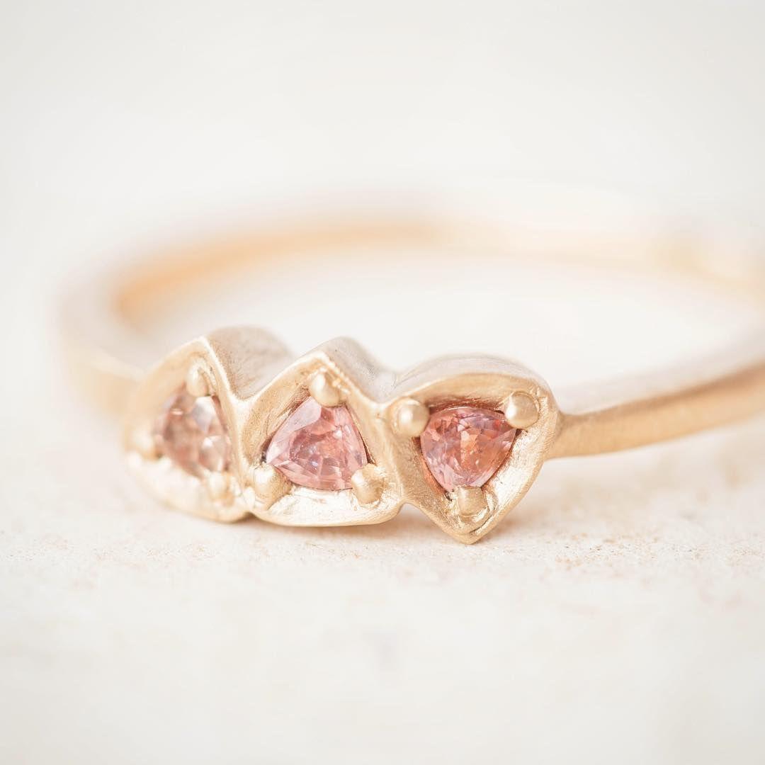 """Triangle sapphire ring! #montanasapphire #LoveGold #couturedailydose #lovegoldlive"" Rebecca Overman"