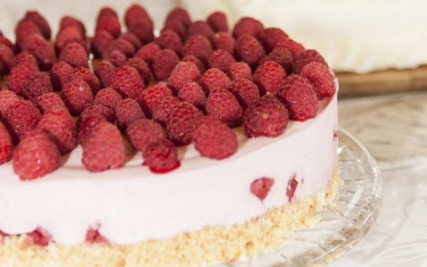 No-Bake White Chocolate and Raspberry Cheesecake Recipe : Food Network UK