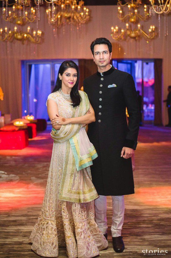 Unseen Pictures And Videos Of Asin Thottumkal And Rahul Sharma S Star Studded Wedding Reception Indian Wedding Outfits Bollywood Wedding Indian Bridal Fashion