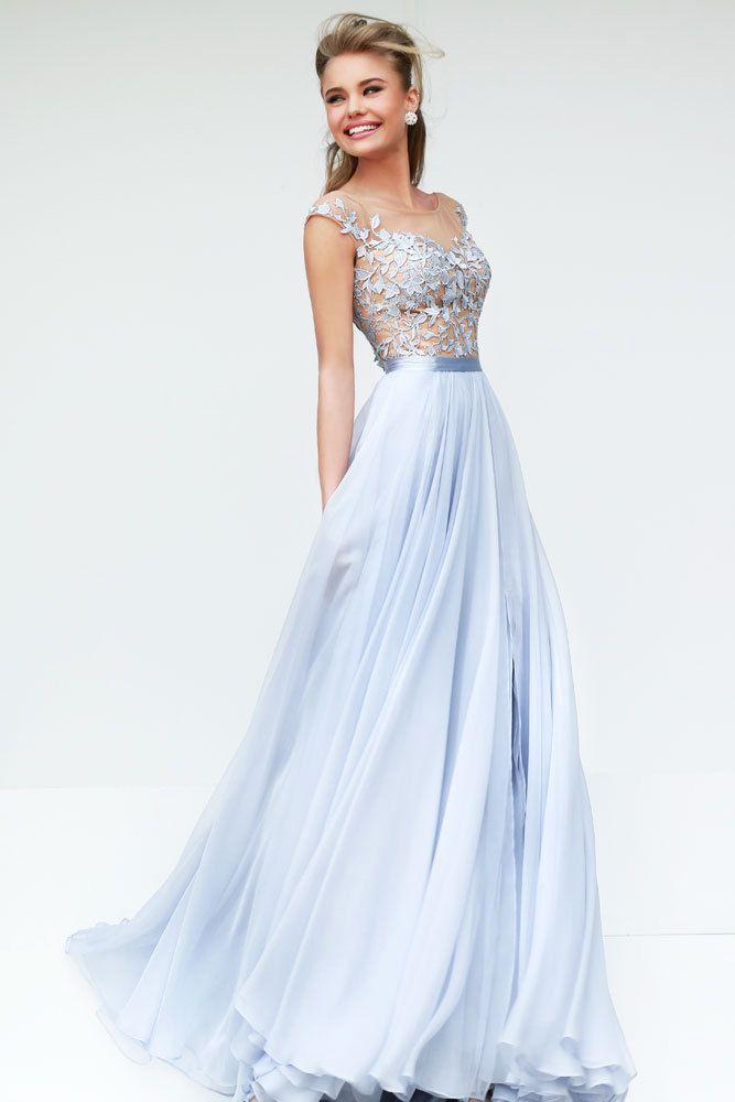 e7457e5dcb6 Нежно-голубое платье