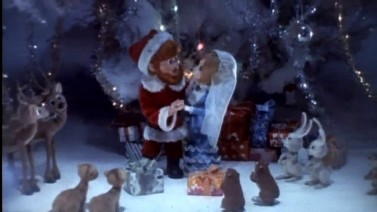 Santa S Wedding Day Song From The Santa Claus Is Coming To Town Movie Santa Claus Is Coming To Town Holiday Cartoon Christmas Tv Shows