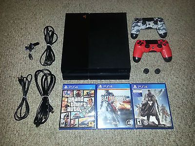 Sony PlayStation 4 500GB Console with accesories https://t.co/Mh2TD4iHWh https://t.co/pAfiGqfNYb