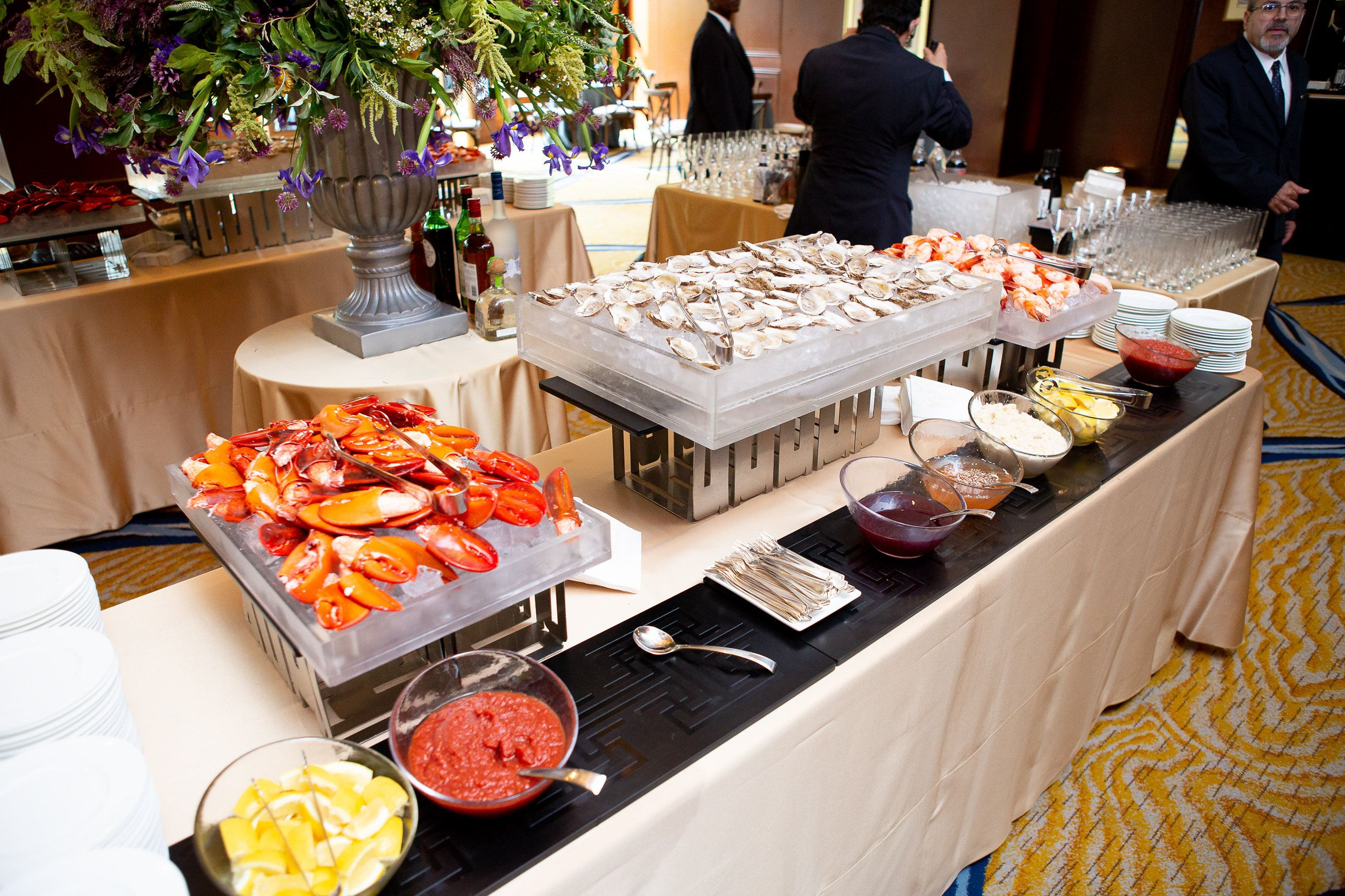 Raw Bar with Lobsters Claws and Oysters Catering menu