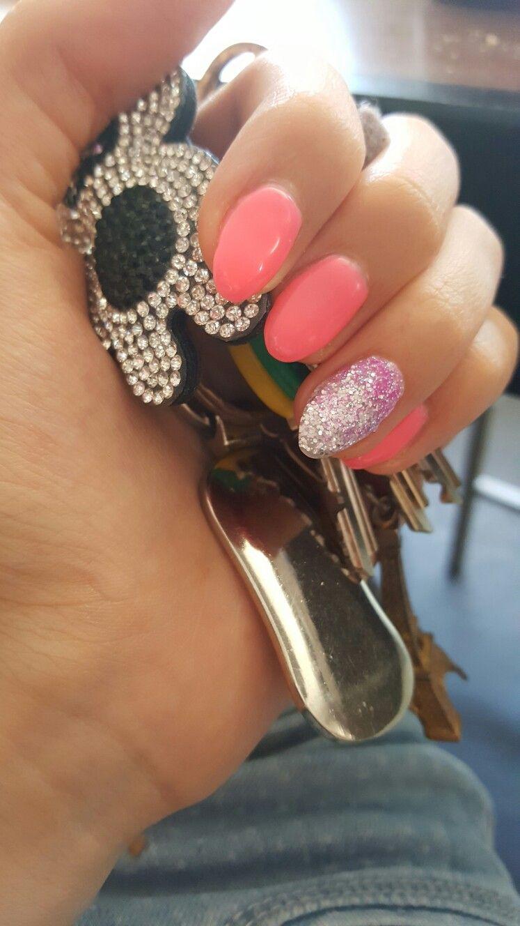 Fluo roze gelnagels met glitterfantasie | Nails in 2019 ...