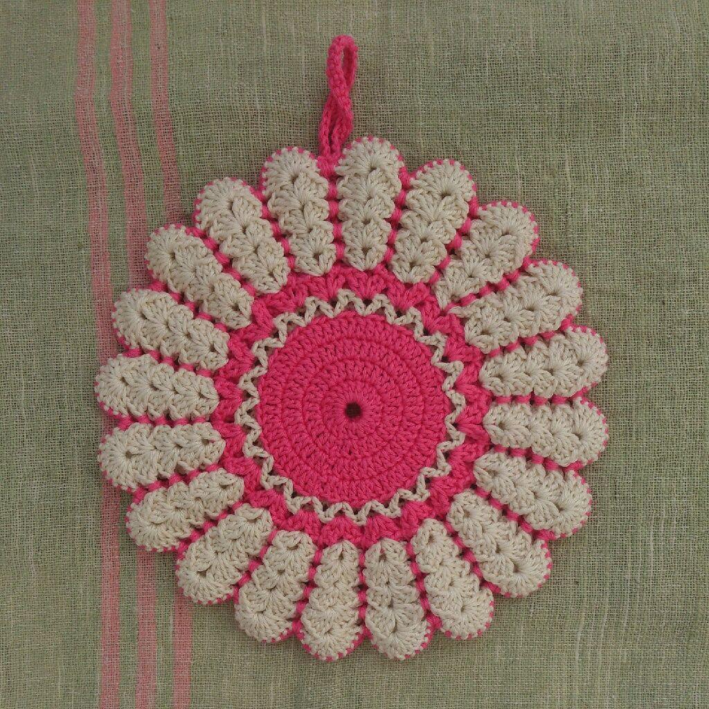 Byhaafner Crochet Potholder White And Pink Daisy Pattern