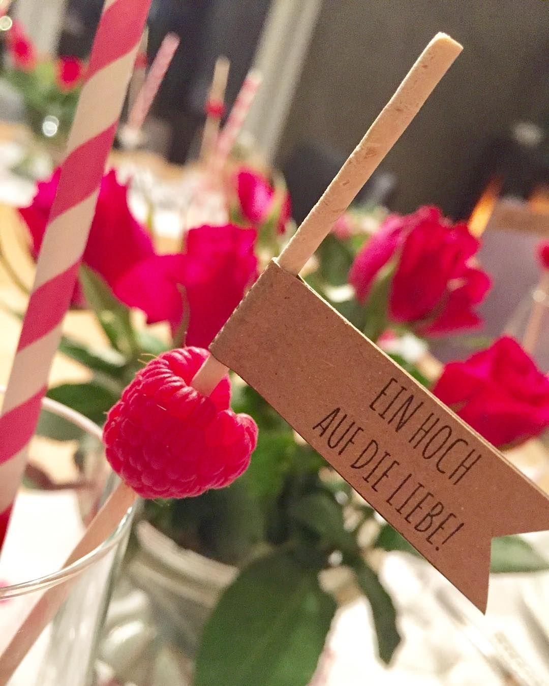 15 originelle ideen f r den sektempfang hochzeitskiste wedding in 2018 pinterest wedding. Black Bedroom Furniture Sets. Home Design Ideas