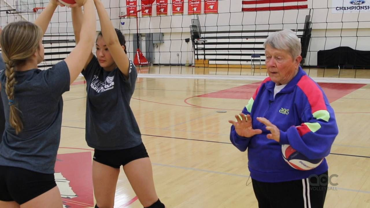 Developing Good Setters Starts With The Legs The Art Of Coaching Volleyball Coaching Volleyball Volleyball Training Volleyball Workouts
