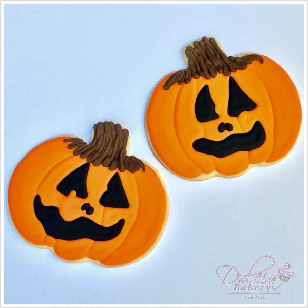 Happy Halloween Pumpkin Cookies by Dulcia Bakery! Halloween - halloween pumpkin cookies decorating