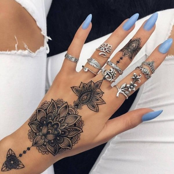 Tattoo Type Mehndi : Simple henna tattoo designs to try at least once