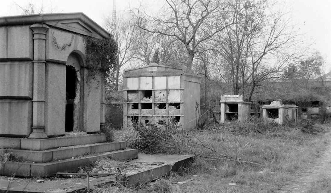 Girod St Cemetery