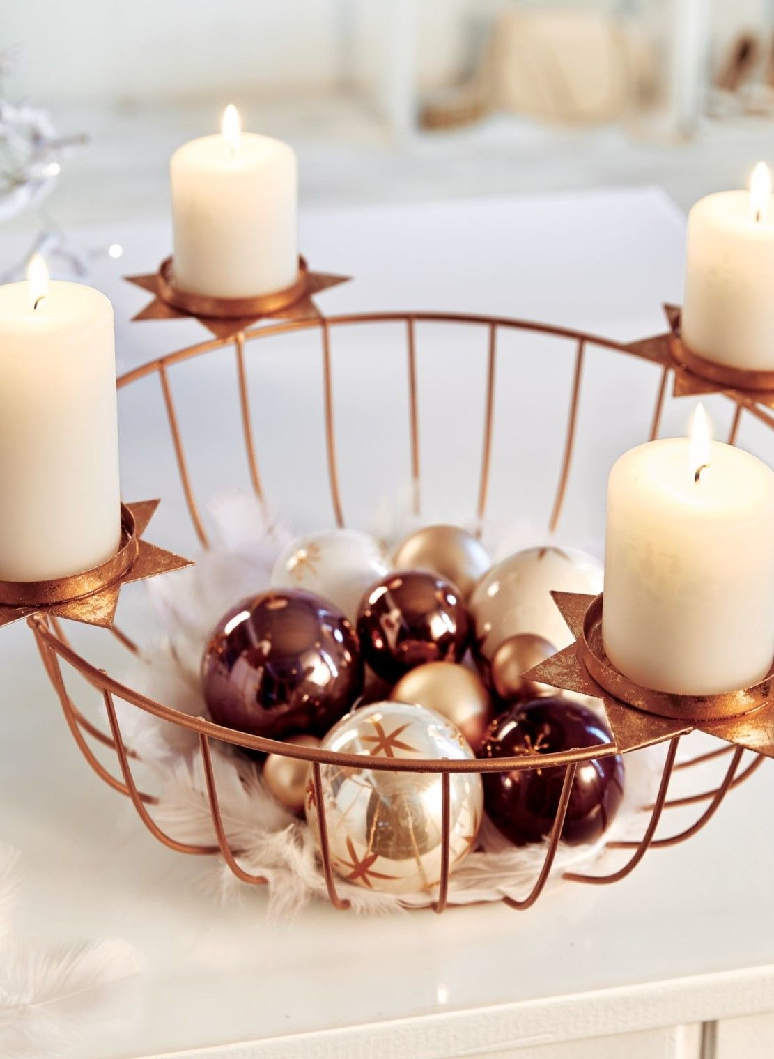 ideal f r die adventszeit adventskranz mit 4. Black Bedroom Furniture Sets. Home Design Ideas
