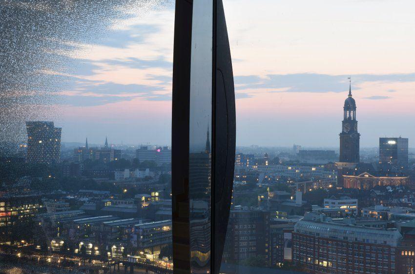 Westin Hotel In Der Elbphilharmonie Luxus Uberm Konzertsaal Der Spiegel Reise Mit Bildern Reiseziele Hotel Reisen
