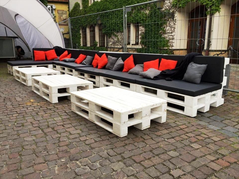 Large Pallet Sofa Set For Outdoor Seating 101 Pallet Ideas Pallet Seating Pallet Furniture Outdoor Pallet Sofa