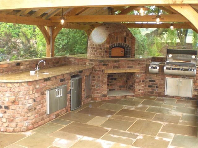 Courtesy Of Urban Landscapes A Href Http Www Urbanlandscapedesign Co Uk Www Urbanlandscapedesign Co Uk A Outdoor Kitchen Outdoor Cooking Area Outdoor