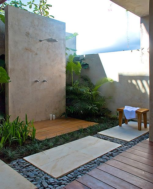 Pin By Silke On Home Ideas Outdoor Bathroom Design Outdoor Rooms Outside Showers