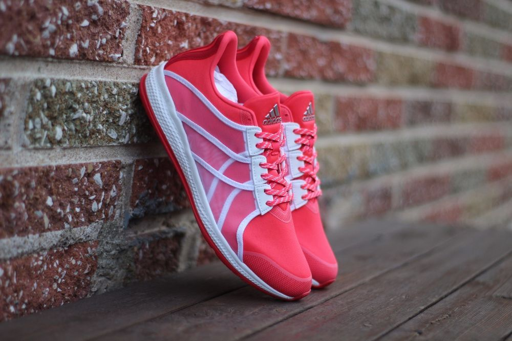 Adidas Womens Size 7 Womens Gymbreaker Bounce 7 zapatos Red BB3973 Ray Red   998c5ac - immunitetfolie.website