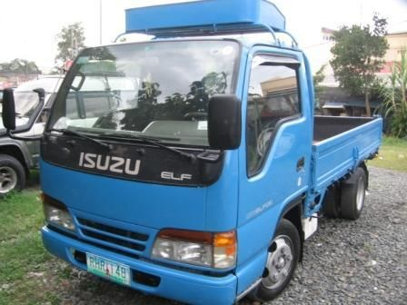 Isuzu Elf 250 Photos News Reviews Specs Car Listings Custom Trucks Elf Little Truck