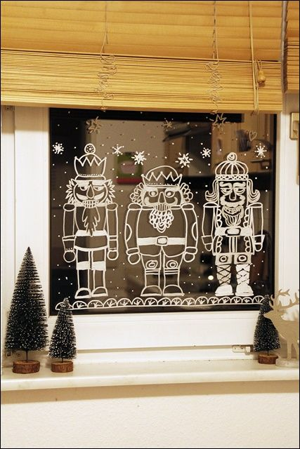 Meine bunte Wunderwelt: Angefixt und infiziert, winterliche Fenstermalereien mit Kreide... ein Tipp mit kleiner Anleitung #weihnachtlichefensterdeko