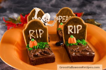 Rip into some Halloween cookies...