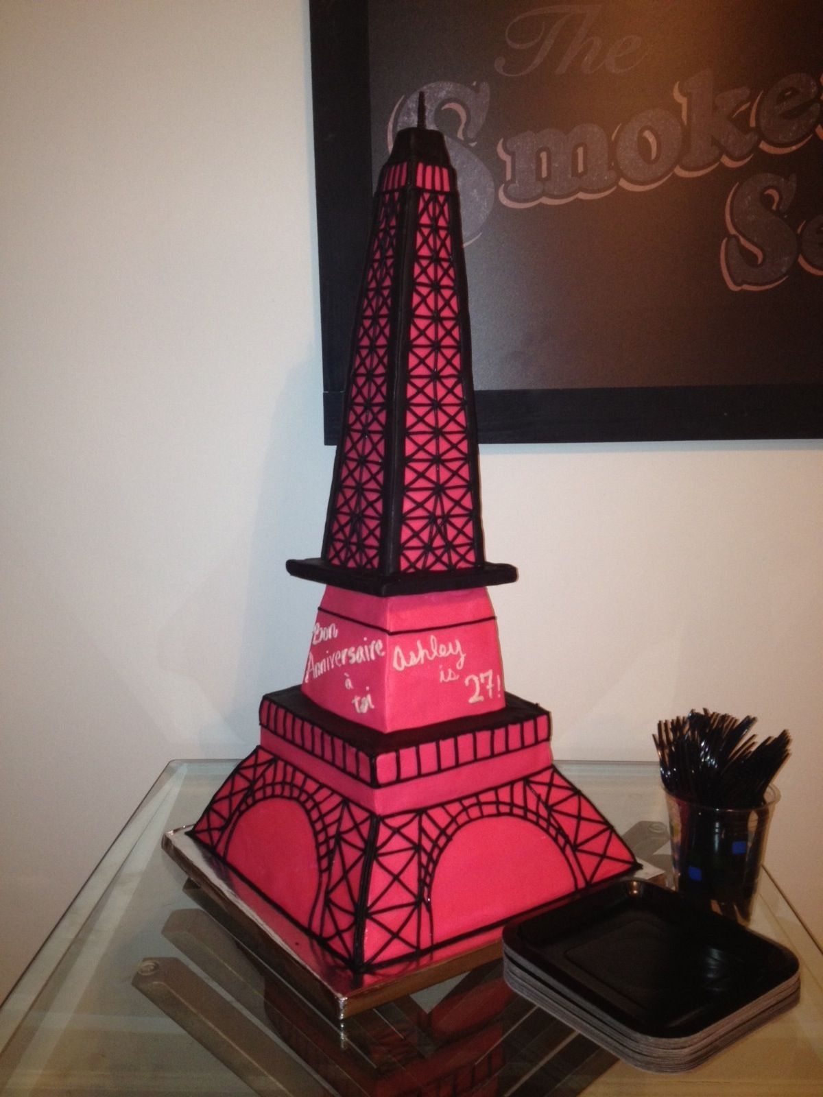 crafts for paris themed party Eiffel Tower and Gibson Les Paul