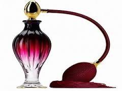 Resultado de imagen para perfumes de mujer imagenes
